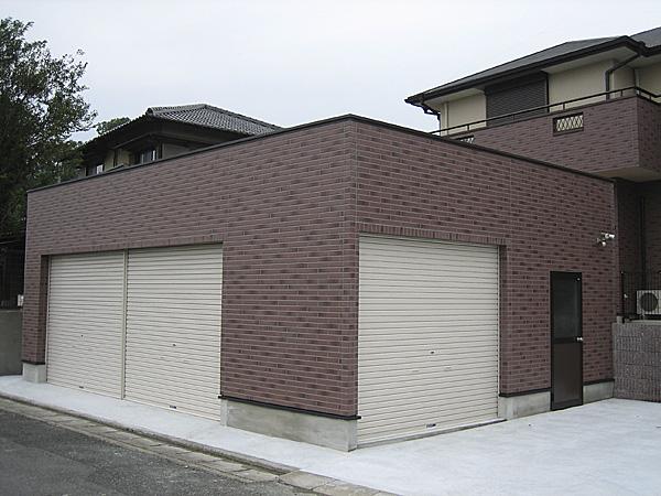 お宅と同じブロックを使用したガレージ